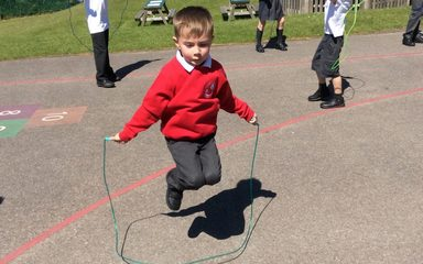 Year 4 teaching their skipping skills to Year 2